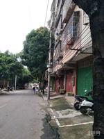 良庆区金象三区菜市整栋自建房 占地92平 卖180万有门面