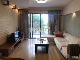 翠湖新城精装大三房仅售90万送家私 看房方便