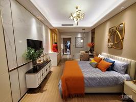 凤岭北 凤岭名园 两房 带个100多平的露台 免双税看房方便