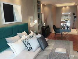 五象自贸区万达茂 江景复式公寓   可自主可出租
