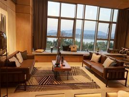万达茂天樾 江景房复式楼,酒店托管十五年,租金达七十元一平月