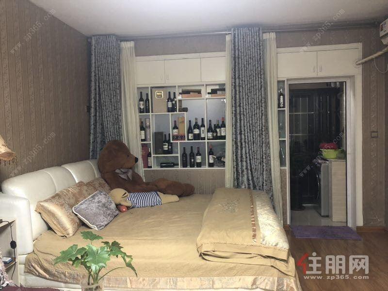 江南中环大厦精装电梯大单间送部分豪华家具
