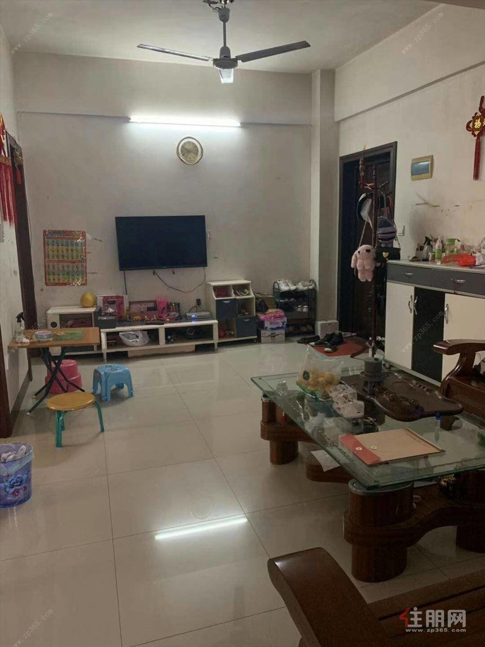 中华苑B区  简装三房80平 仅售36万