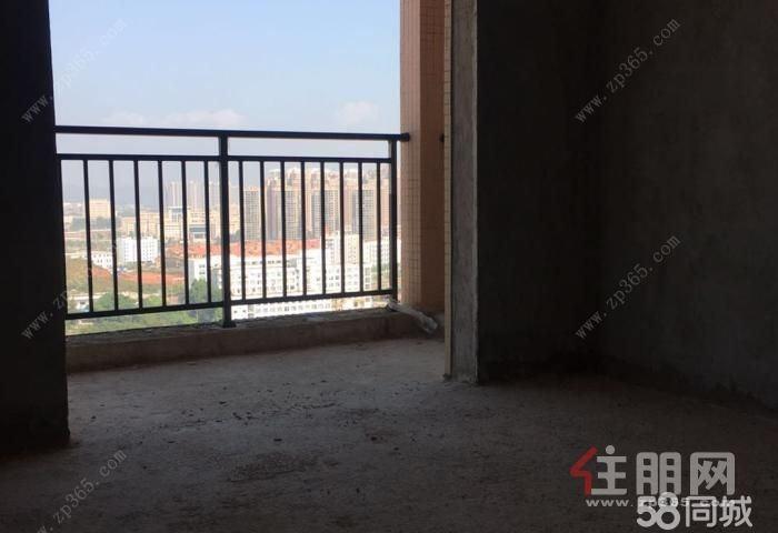 玉东颐景家园100平电梯毛坯三房急售45万