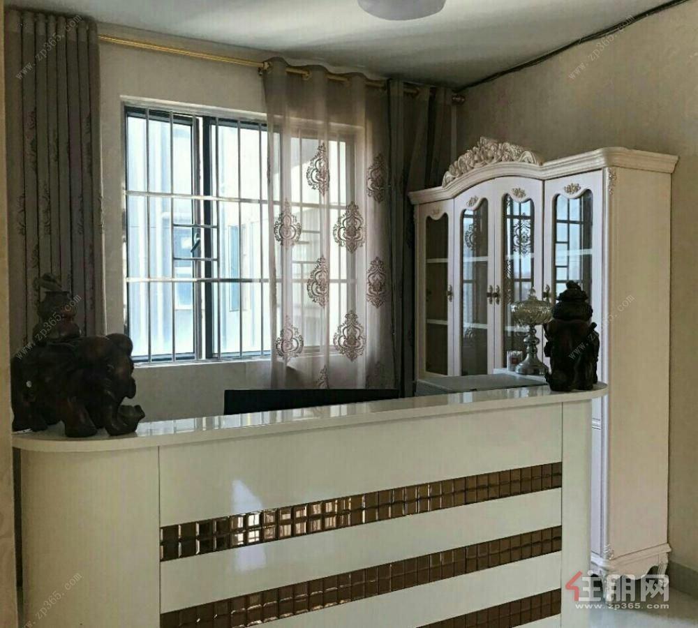 东盟商务区地铁房 财富国际广场 豪装大四房 配套成熟 真实图片