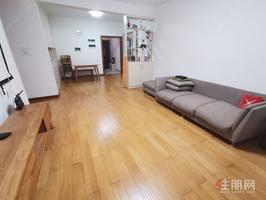 翡翠园二期赫瑛轩二单元17楼143.96平,精装,朝南。