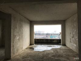 聚寶城電梯大三房,首付20萬,南北通透,高樓層視野好!