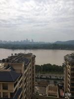 五象新区 万达茂小区 全线江景房 高楼层 交通便利 看房随时