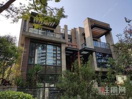 凤岭商圈,售独栋别墅,使用1433平,地铁500米,现房800万,前后花园