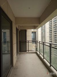 绿地广场 4房中间楼层 视野好 毛坯房有钥匙看房首付交房