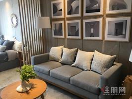 五象龙岗片区《万达茂天樾《一线江景复式公寓《可住可公《低首付