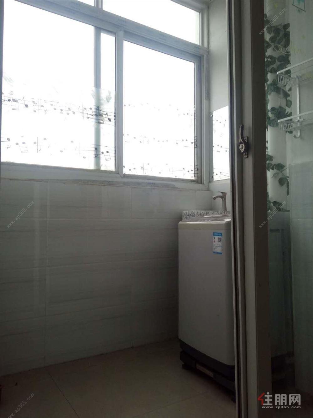 明秀路,18中 2号线地铁口  首付5万 租金抵月供 随时看房