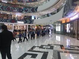 ***房源!!南宁万达购物中心麦当劳旁小商铺!!