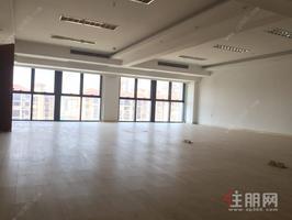 钦州阳光曼哈顿广场B座7楼702办公室,豪华装修,己租带租约出售,售价195万元。
