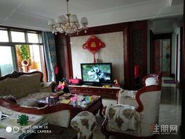出售 人和莱茵花语 4房2厅2卫 实际使用面积近120平方米