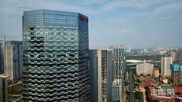 总部基地5A甲写 396平高区楼层 即买即办证 简装交付可按揭