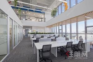 首付18万买地铁口5.09米层高,复式创意办公,费用更低!