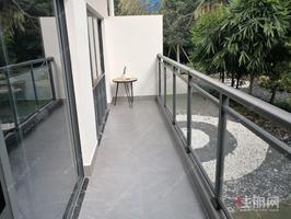 凤岭北稀缺loft带大阳台  首付5万 到东站5分钟