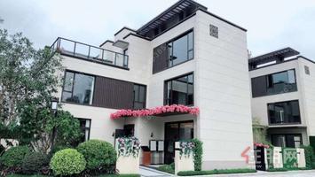 兴宁东 南宁绿地城别墅,135平建筑面积367平使面积,只卖350万
