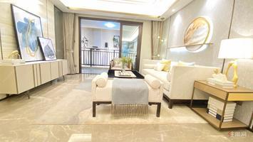 五象湖景观房龙光高端系(龙光天赢)正南99平总价168万