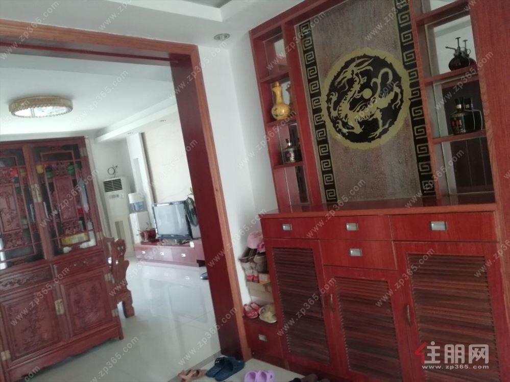 中房翡翠园(一期)5室2厅2卫190万155.16平方米