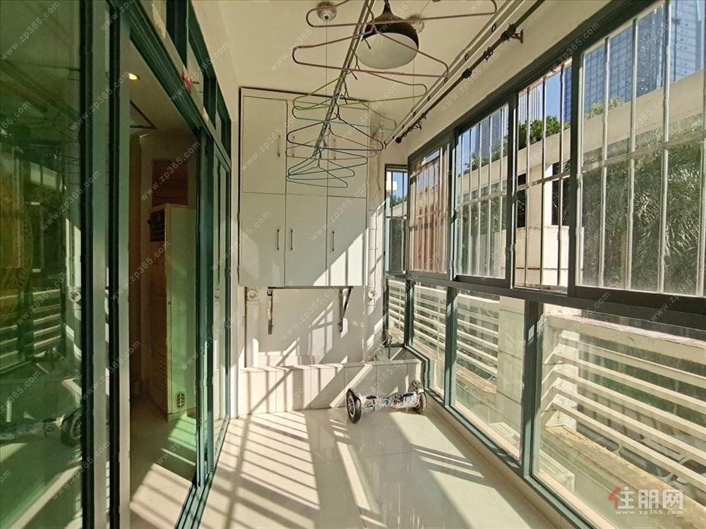 地铁口万象城站!德瑞花园精装大3房带80平露台 有钥匙看