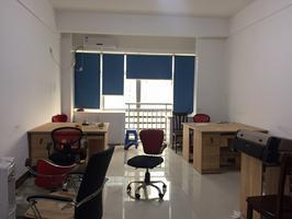 东盟财经中心46㎡写字楼带办公用品低招租