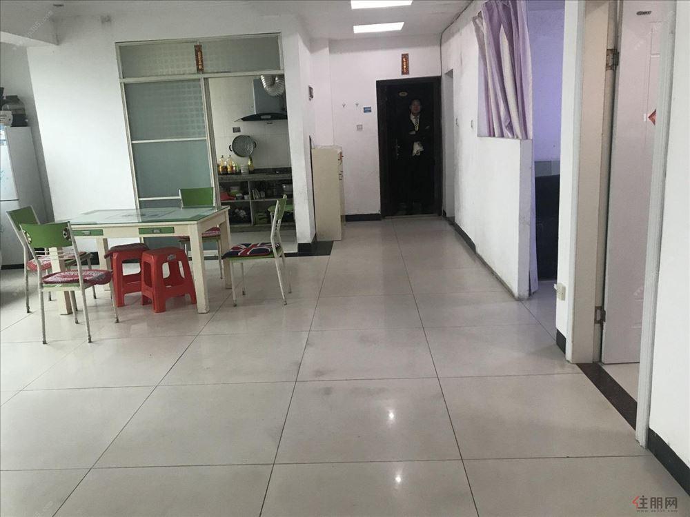 长青路 桂成大厦 3房2厅 拎包入住可 仅售55万
