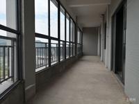 五象新区江景房 3号线地铁 江悦蓝湾毛坯4房有钥匙 业主急卖