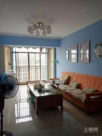 天悦尚 城 70万 3室2厅1卫 精装出售,房主急售。