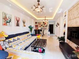 房子保养好,小区环境优美。