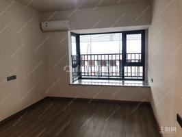 五象南 地铁口 金科城 精装四房两卫 115平 双阳台 采光好 户型方正