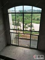 五象新区百亩生态园林一线江景现房别墅高赠送300平挑高客厅