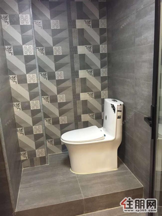 五象新区富雅国际55平上下层使用空间出租可住可办公