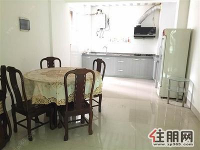 新竹路-气象局小区靓房出租,3房2厅150平,家具齐全仅租2800!