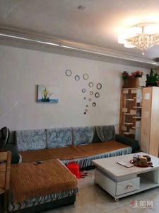 北湖路-荣和摩客精装三房出租,家具配齐