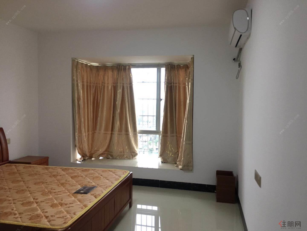 江南首次出租3房2厅只要压1付1家电齐全业主要求只租给干净人士