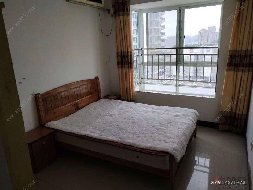 北京路跟庆路交汇处 宁春城旁 明苑花园 电梯高层正规一房两厅