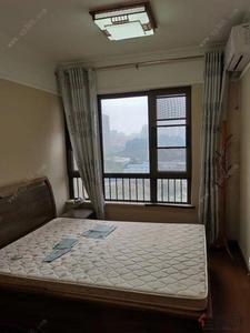 南宁-凤岭北,荣和公园悦府,拎包即可入住,高居住小区。