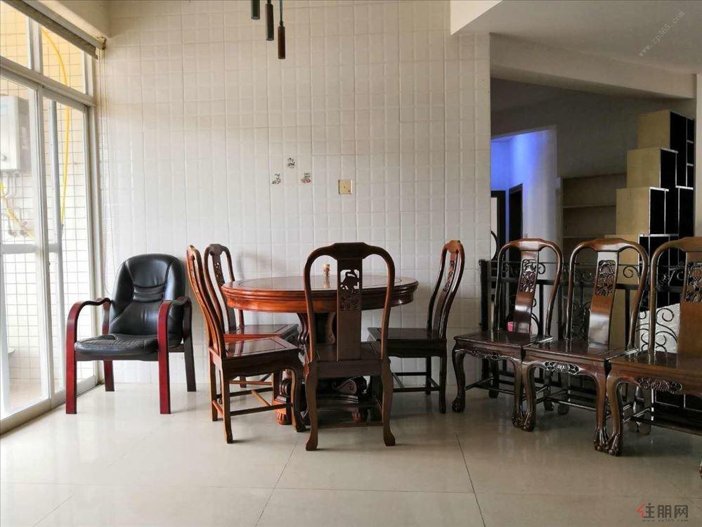 3月31号新出租房 世纪阳光沁景苑 精装3房 有钥匙