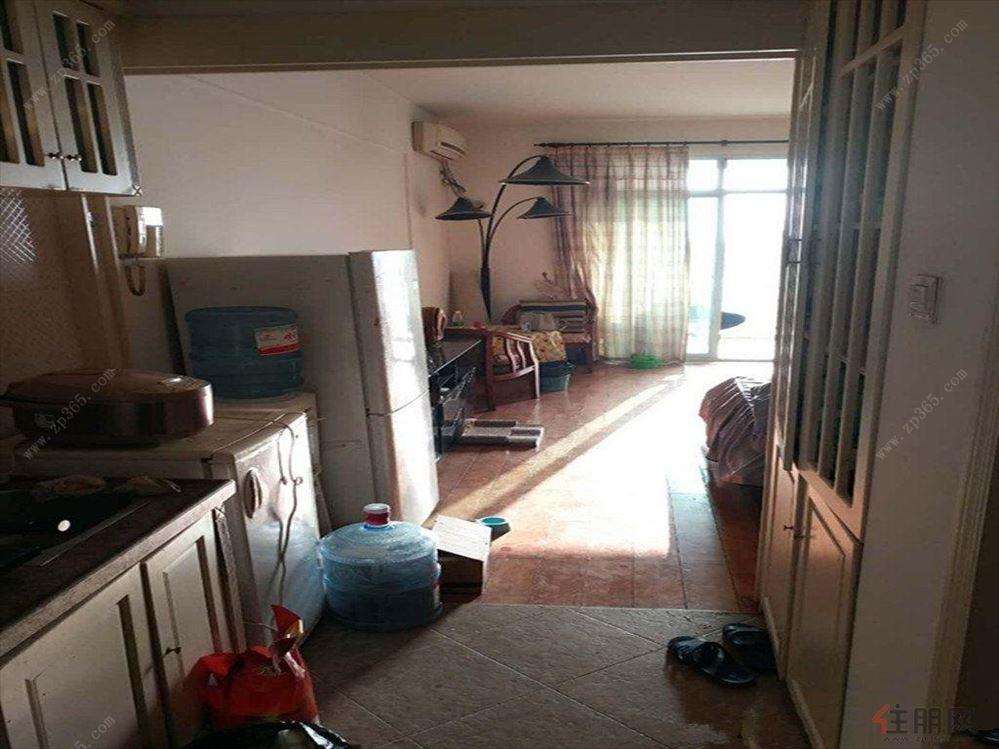 南湖邊 綠城畫卷 精裝1房 配齊出租 拎包入住的