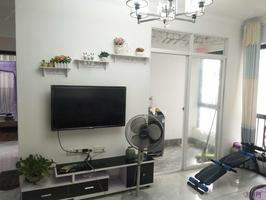 荣和山水绿城四期 2000元 2室2厅1卫 精装修!正规高性价比,你的选择