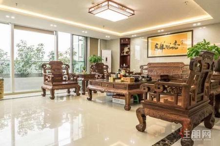 南寧,鳳嶺北 德利ICC豪華寫字樓 2層 單價80平 帶辦公家具
