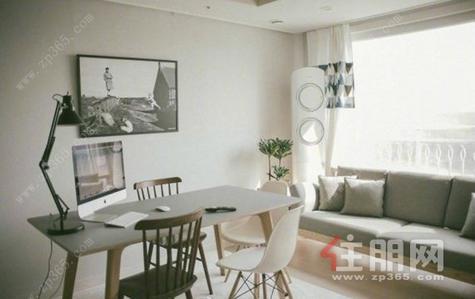 青秀区-简装,配少量家具,限女生租赁