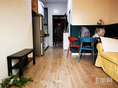 五象大道-双地铁口公寓精装1房1厅独立阳台可做饭