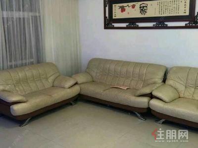 七星区-青秀区凤岭北香格里拉花园3房143平米3800元/月