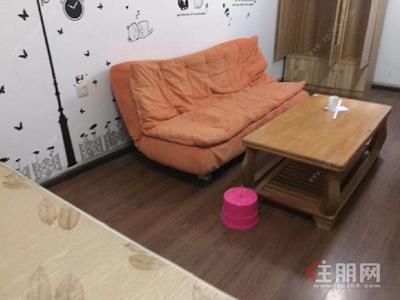 白沙大道-江南区白沙大道金湾花城1房40平米1300元/月