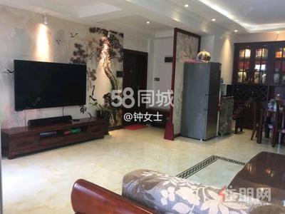 平乐大道-良庆区五象大道碧水天和4房143平米5200元/月