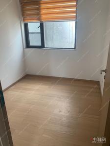 玉洞大道-合景地鐵口三房空房出租1800