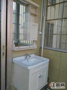 中心区,玫瑰花园二期1500元2室1厅1卫普通装修,价格便宜,交通便利!